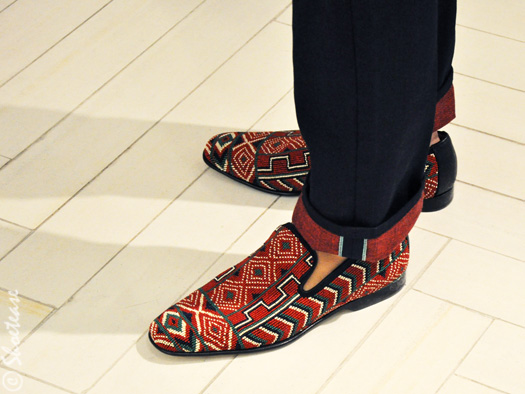 tommy-ton-shoe-slippers-tribal-print-shoetease