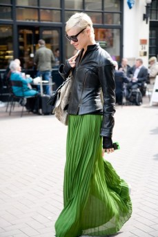 4_pleated-maxi-skirt